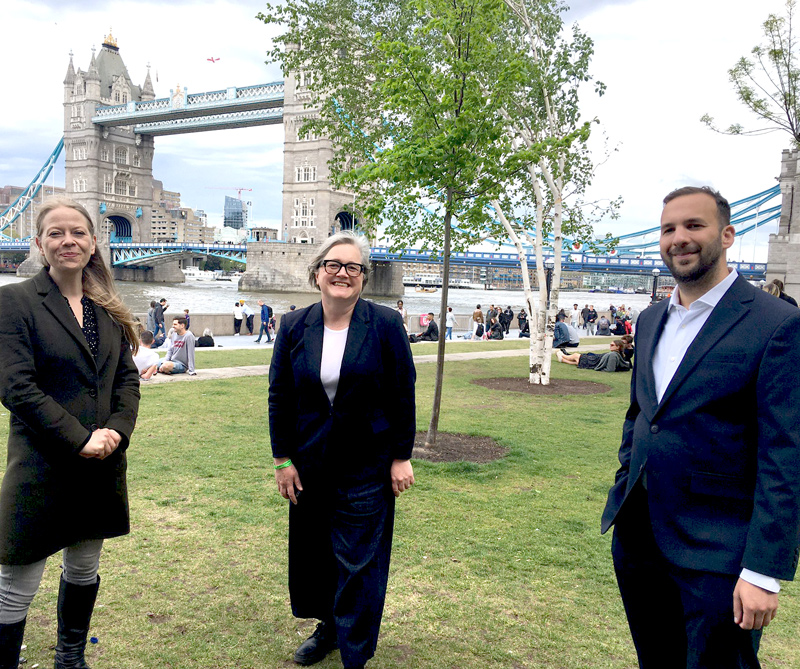 Sian Berry, Caroline Russell and ZackPolanski at Tower Bridge
